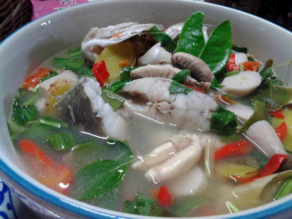 ต้มยำปลาช่อน)004